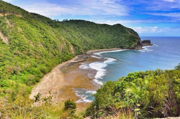 Dicasalarin Cove