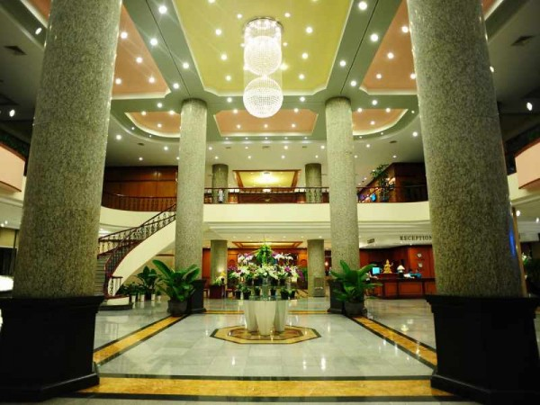 Ha Long Plaza Hotel Lobby