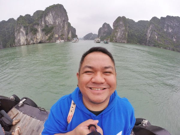 My Ha Long Bay Cruise Experience will not be complete without a Selfie Shot LOL