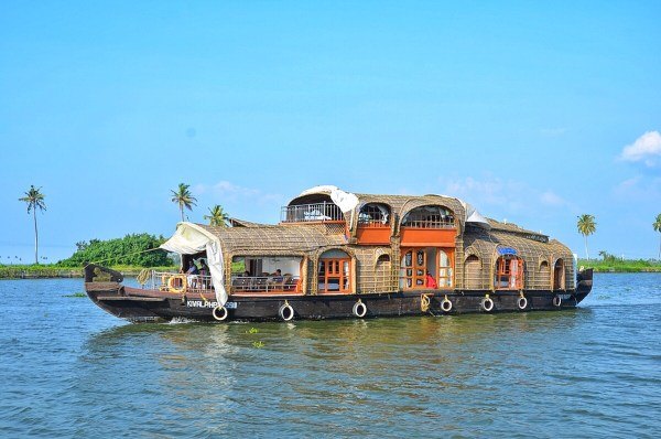 Double Decker Boathouse inAlleppey