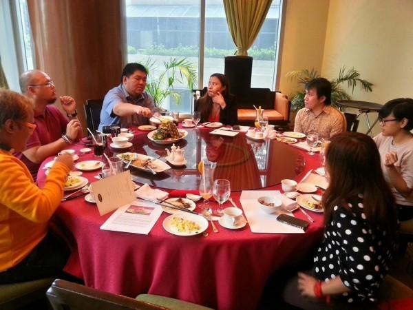 Bloggers at Xin Tian Di Restaurant