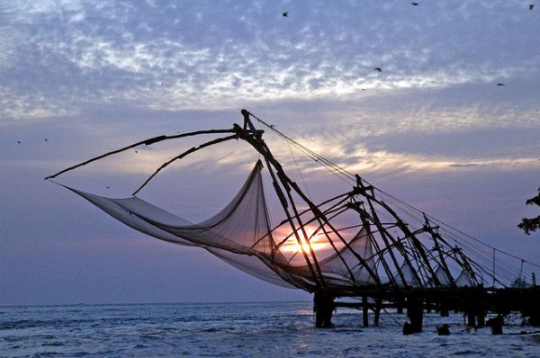 Chinese Fishing Nets in Cochin photo by Anoop Negi via Flickr