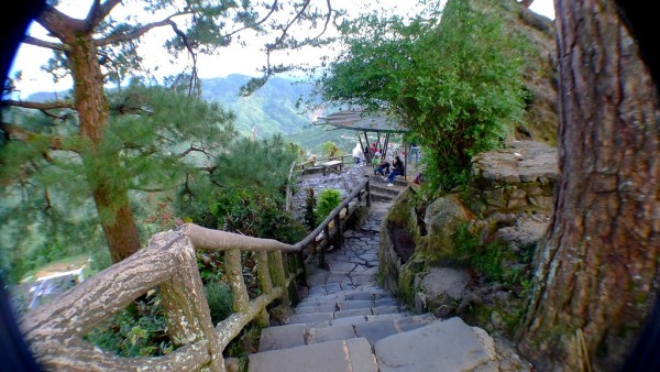 Mines View Park in Baguio City by Roslyn via Flickr