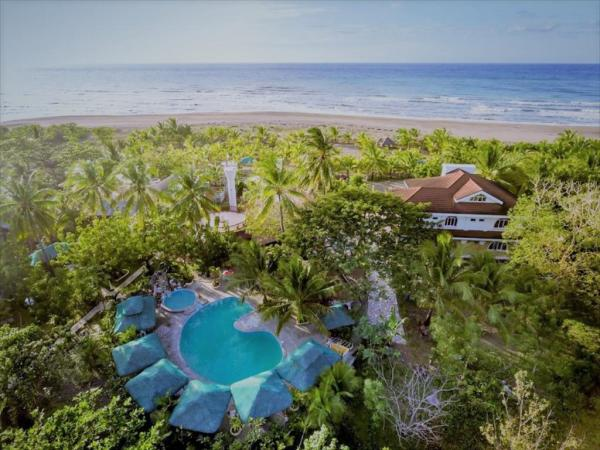 La Parola Orchids Beach Resort in Antique
