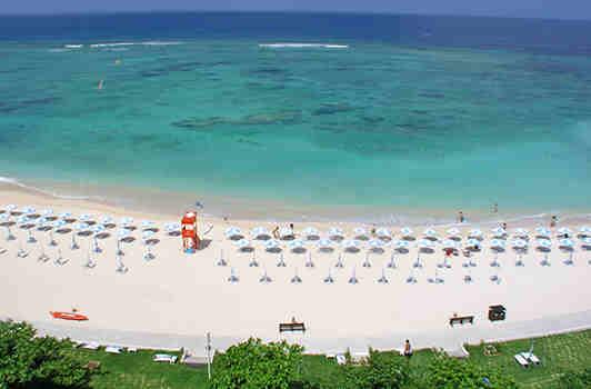 Yonaha Maehama Beach