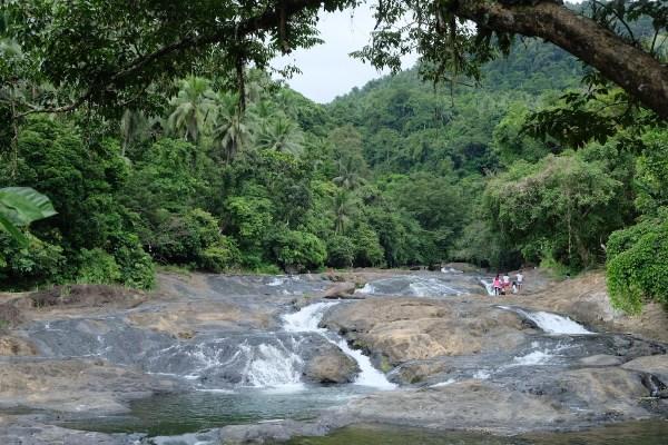 Bangon Falls