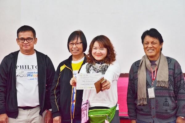 Felise Cruz - receiving her certificate of completion