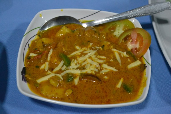 fish jalfrezi with cheese
