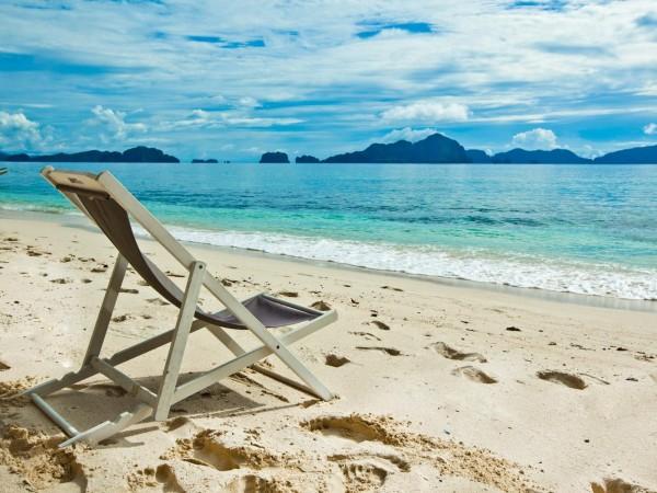 Ipil ipil suites Beach