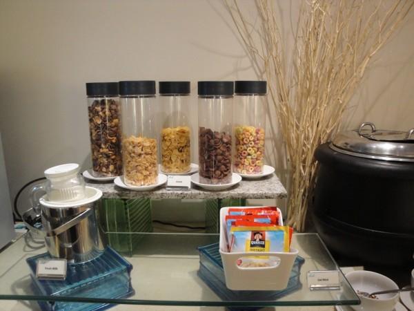 Cereals with yogurt
