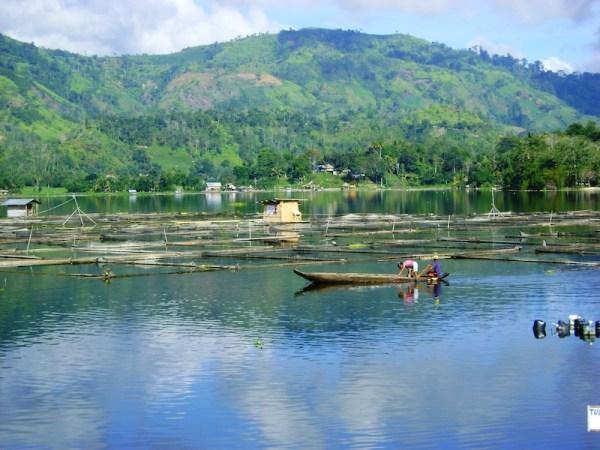 Lake Sebu Travel Guide Photo by Peter V Sanchez via Wikimedia Commons