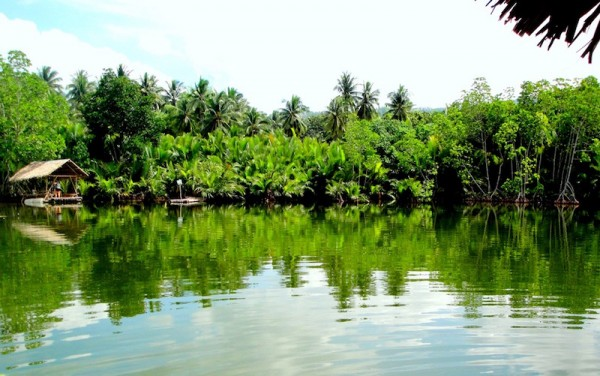 The postcard-worthy Ponong Lake of Samboan