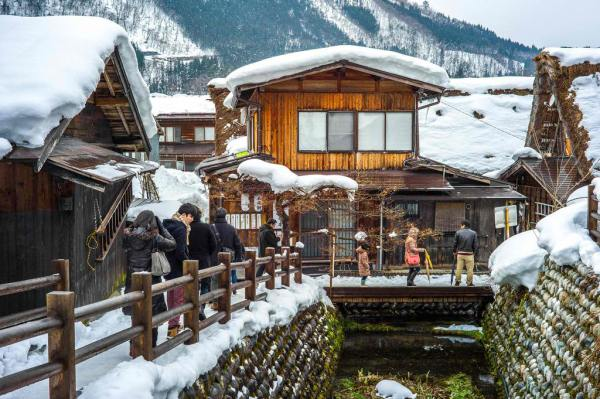 Shirakawa Village during Winter by Colin Tsoi