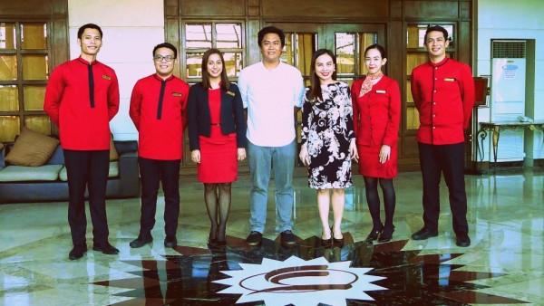 The King of Sinulog with Miss Janice Magsumbol and Sarrosa Team