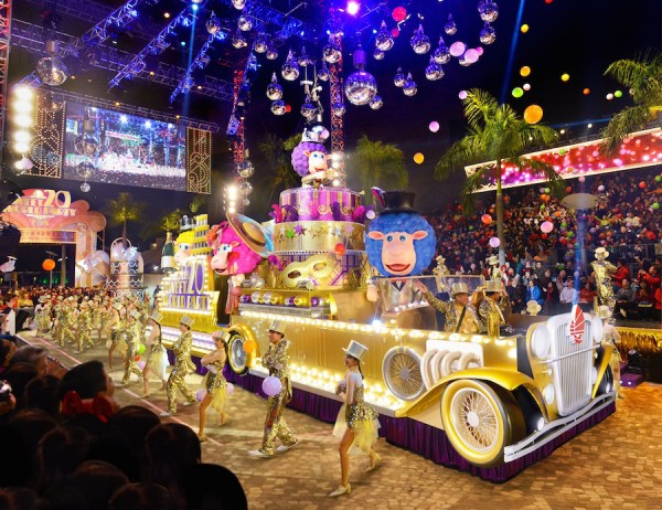 One of the showstoppers of the Hong Kong Chinese New Year Night Parade: the beautiful and colorful floats that have added immense value to the celebration.