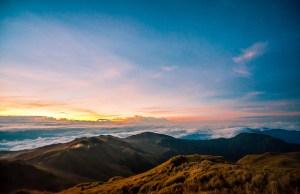 Mt Pulag sunrise by Jojo Nicdao via Flickr