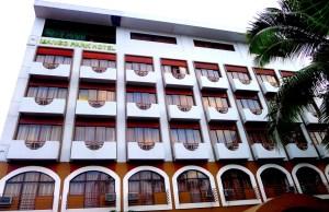 Mango Park Hotel Facade