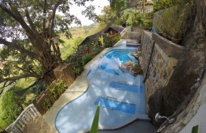 Luljettas hydro pool