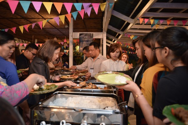 Hotel Jen Manila guests can resist to dig in to the sumptuous Filipino dishes.