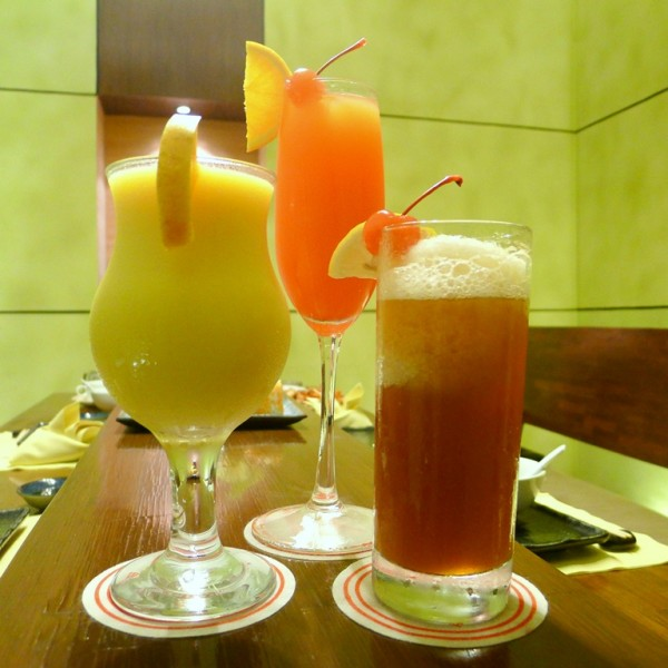 Mango Shake at PHP157, Red Rapture at PHP230 and Iced Tea at PHP94