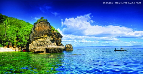 MongPong Island photo by Renz Tuzon and Dream Favor Travel and Tours