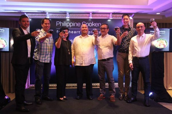 API Managing Director Mark Yambot,Chef Sandy Daza, Food Magazine Editor-in-Chief Nana Ozaeta, Chef Tatung, Ige Ramos, Angelo Comsti, and API President Ernie Lopez