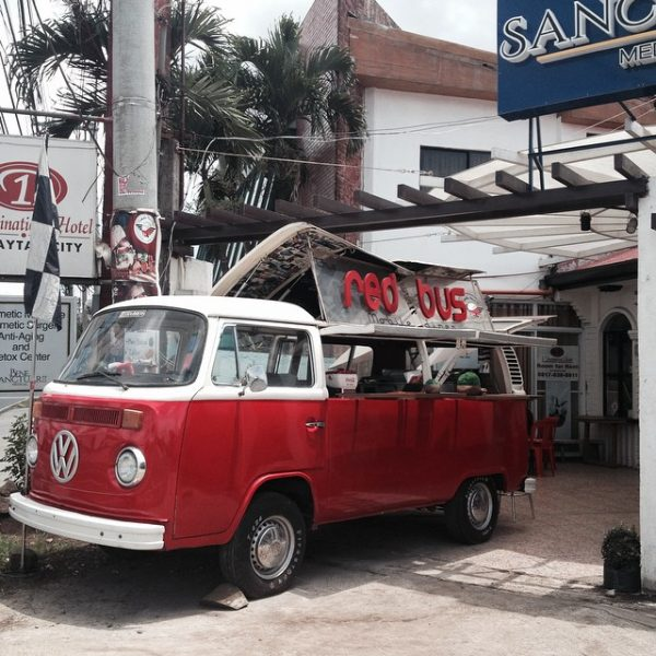 The Red Bus Mobile Diner - photo from The Booky Report