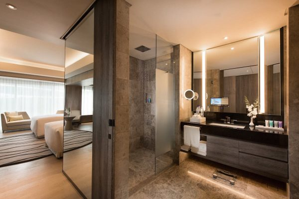 Luxurious Bathroom at The Conrad Hotel Manila