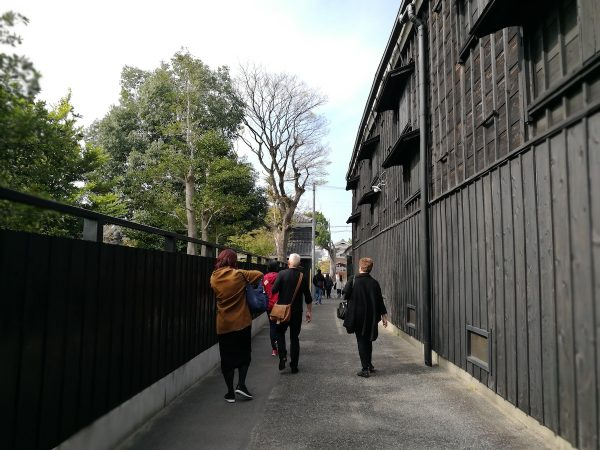 Walking inside Kunizakari Sake Culture Museum compound