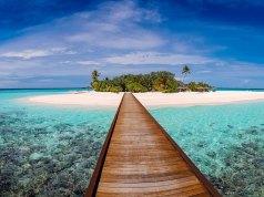 Maldives Budget Travel Blog photo by Mohamed Thasneem via Unsplash