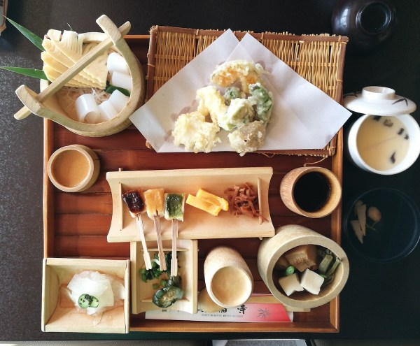 bamboo-shoot cuisine