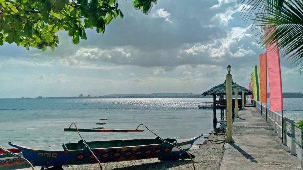 Blue Waters Resort Samal