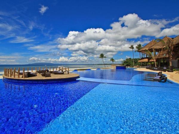 Infinity Pool in Bellevue Bohol