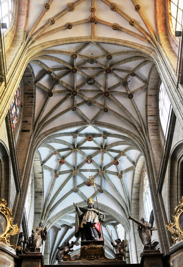 The cathedral's lattice-like ceiling design.