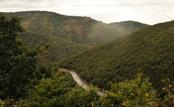 The steep descent through Al Acebo had claimed some cyclists' lives so I had to be extra careful here.