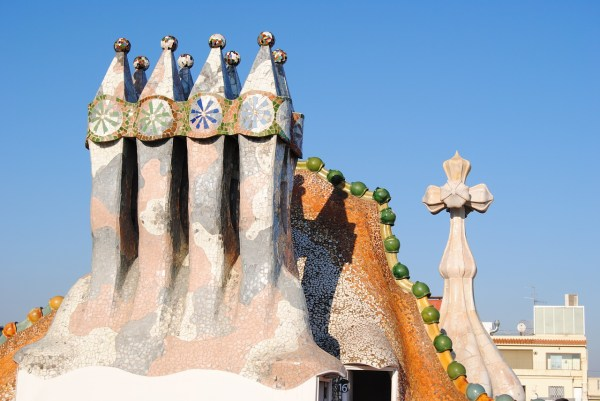 rooftop of Casa Battlo
