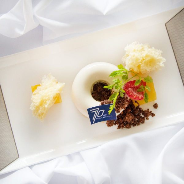 7 Days of Surprises Celebration for Singapore Airlines