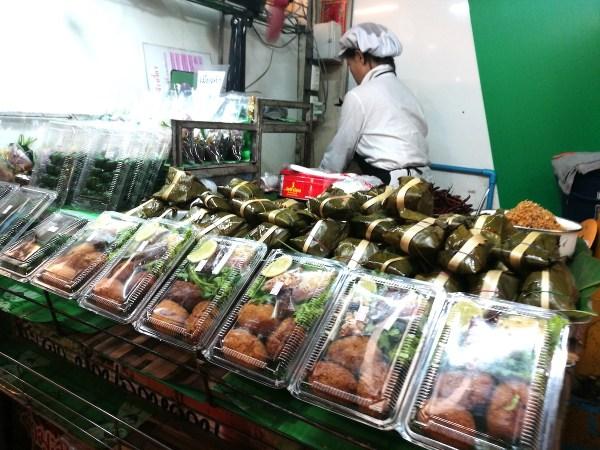 Food Vendor in Chiang Mai