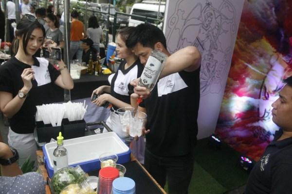 GSMI mixologists preparing