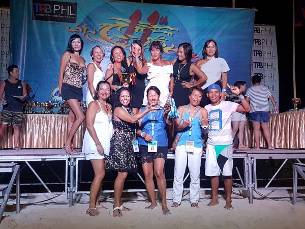 Gold Medalists of a Women's Masters Division, the Boracay Bumshells with 3 of the 4 founders of the BIDBF (photo by BIDBF fb)