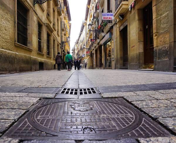 Pintxos Crawl around the Old Quarters of San Sebastian