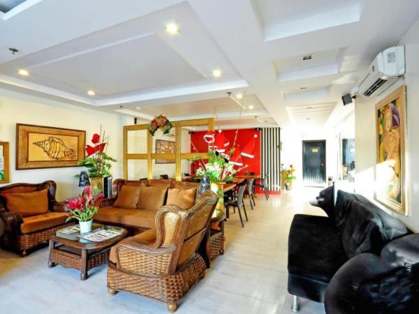 Red Coco Inn Lobby