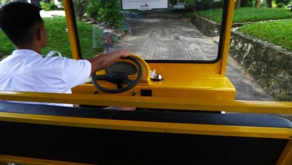 Electric Shuttle Rides at Plantation Bay