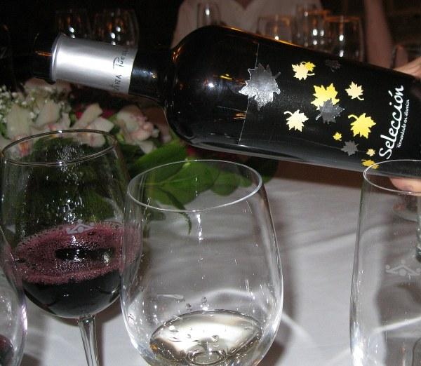 Seleccion red wine