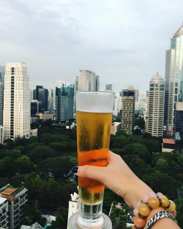 The Speakeasy Rooftop Bar photo by Fern Khunchaiprasert