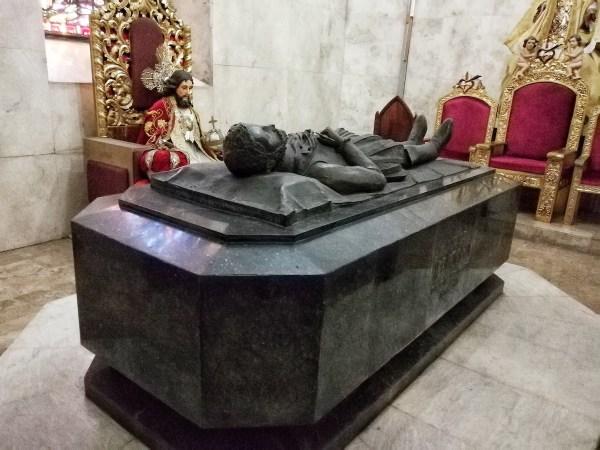 tomb of Miguel Lopez de Legazpi