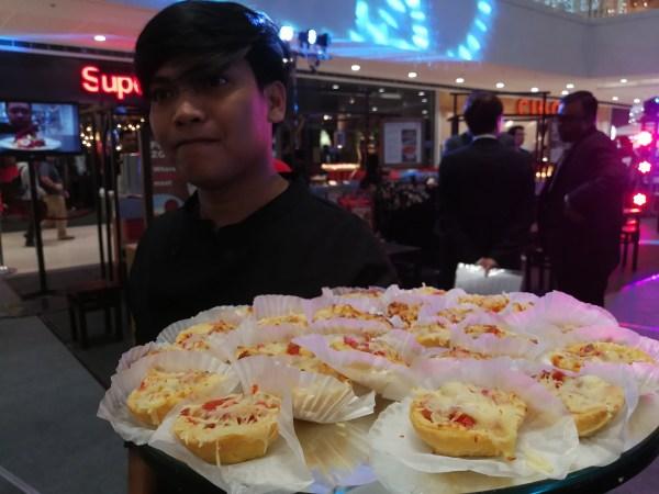 Food Tasting at the Singapore Travel Showcase