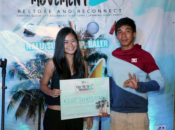 Surfari Beginner's Competition grand prize winner, Shan Alejos (Left)