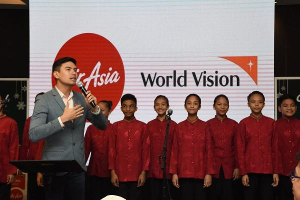 Christian Bautista during the See the World Campaign Launch