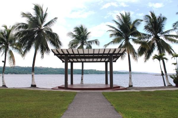 Waterfront Insular Hotel Sea View Garden